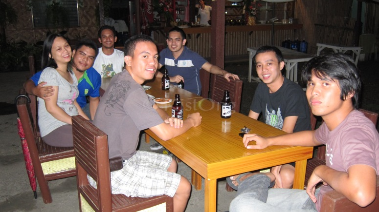 MTP Batch 3 having a drink at Jet's family restaurant