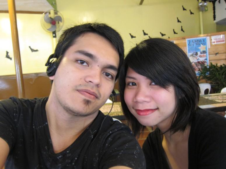 Drew and Kist at Bonitos, October 2011
