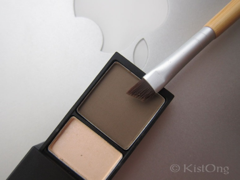 mac-brow-shader-porcelain-browning