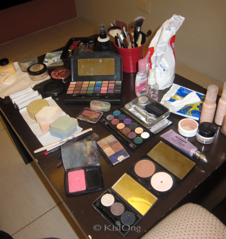 makeup kit, wedding makeup, makeup setup for wedding