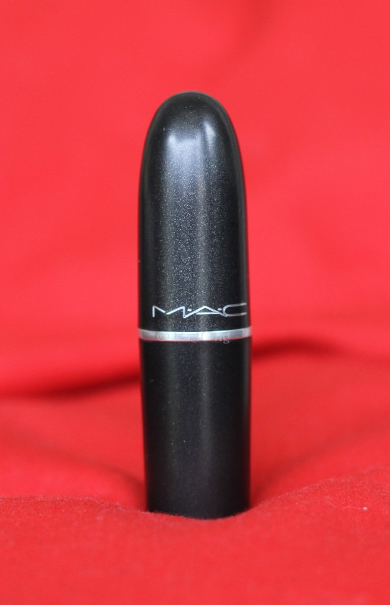 2mac-riri-woo-lipstick-review