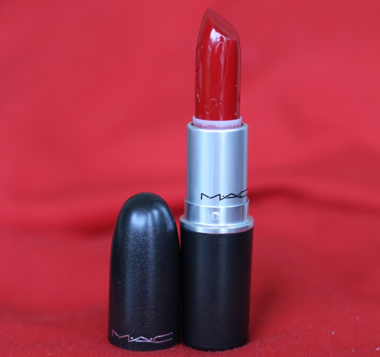 7mac-riri-woo-lipstick-review