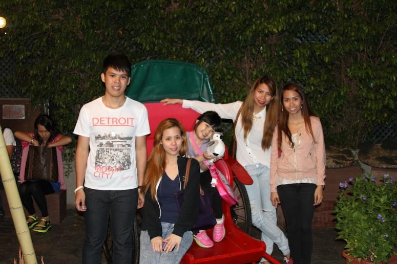 26ocean-park-hong-kong-siblings