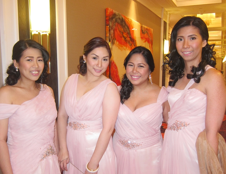 8group-bridesmaids